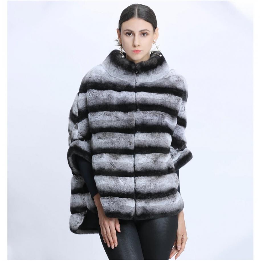 Dámský kožešinový kabát...